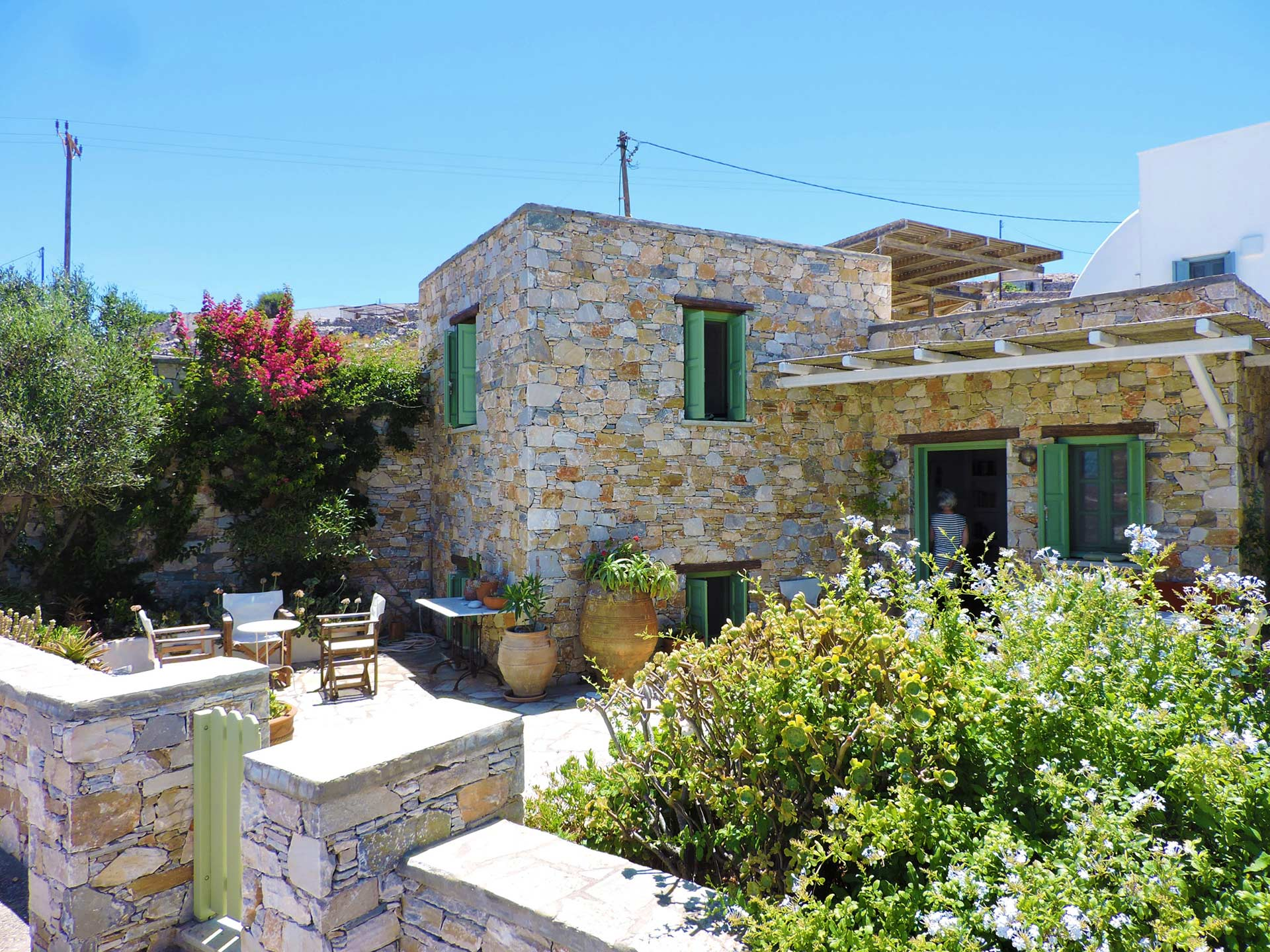 FOLEGANDROS-SLIDER-Accommodation